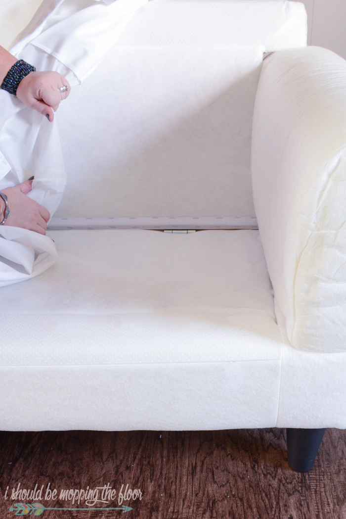 How to Launder A White Slipcovered Sofa | Here is a step-by-step guide to get your couch sparkling clean.