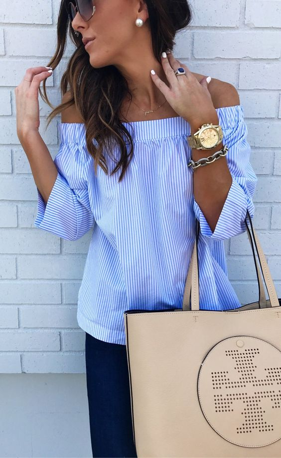 cool spring outfit | blue off shoulder blouse + nude bag + skinnies