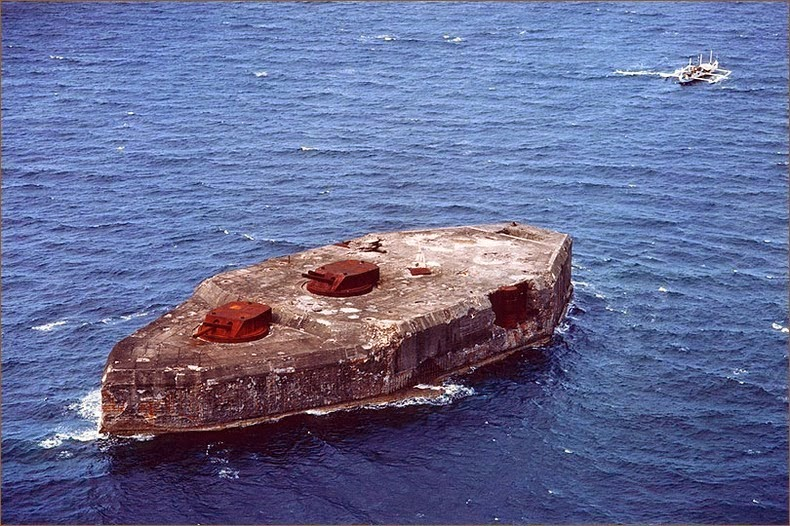 Fort Drum, Kapal Perang Beton di Teluk Manila