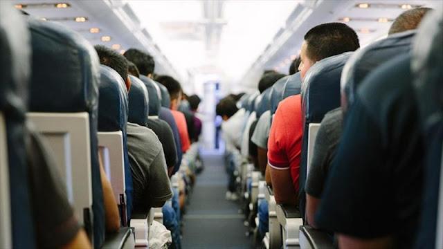 Informe: EEUU espía secretamente a civiles en vuelos nacionales