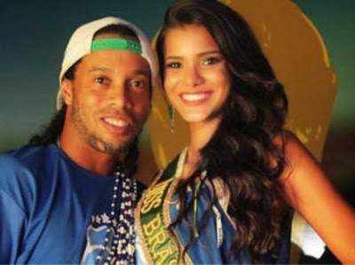 Image result for ronaldinho girlfriend