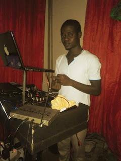 Music : Mix Tape  Dj TeeBee