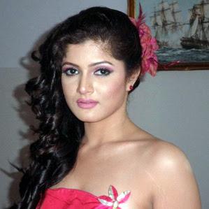 Actress Srabanti Malakar S Showing Srabanti S Beautiful Look