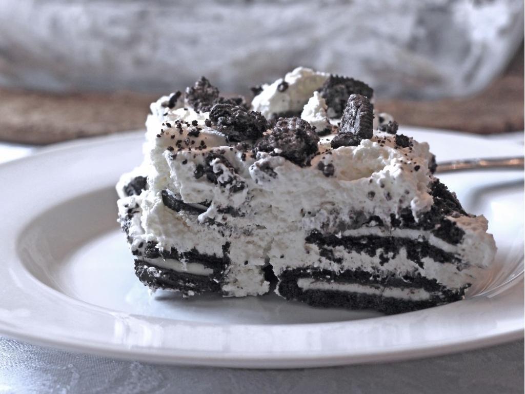 Oreo Fridge Cake