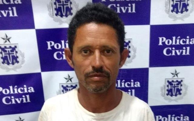 Homem é preso por matar a mulher e estuprar a enteada na Bahia