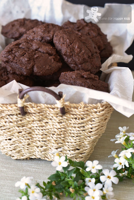 totally chocolate cookies Nigella Lawson