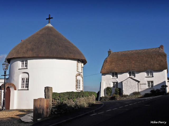 Thatched cottages at Veryan Cornwall
