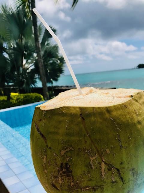 Street food, Mauritius, coconut juice