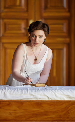 Natalya Romaniw - Tchakovsky: Eugene Onegin - Garsington Opera (Photo Mark Drouet)