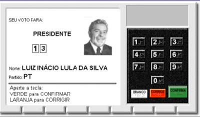 Urna com Lula presidente