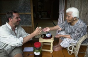 Dan Buettner: How to live to be 100 plus