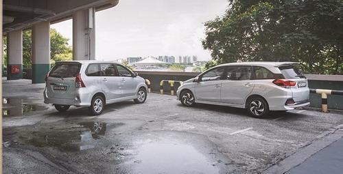 Grand New Veloz Vs Mobilio Jual All Camry Pilih Toyota Avanza Atau Honda Rs Auto Je Jo Info Perbandingan Harga