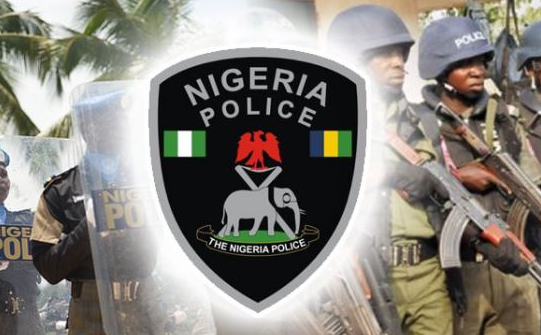Police in Kano said that it has arrested two dismissed army personnel on camouflage for alleged robbery.
