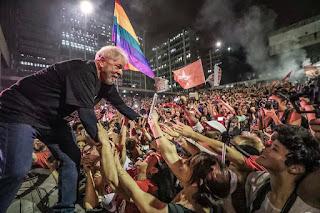 A prisão do Lula mexeu com Todos pais.