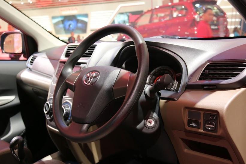 Uji Tabrak Grand New Avanza Tipe E Mobil Stylist Masa Kini Veloz Baca Asik
