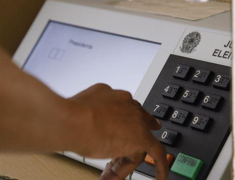 Justiça Eleitoral quer registrar todas as queixas de eleitores contra urnas
