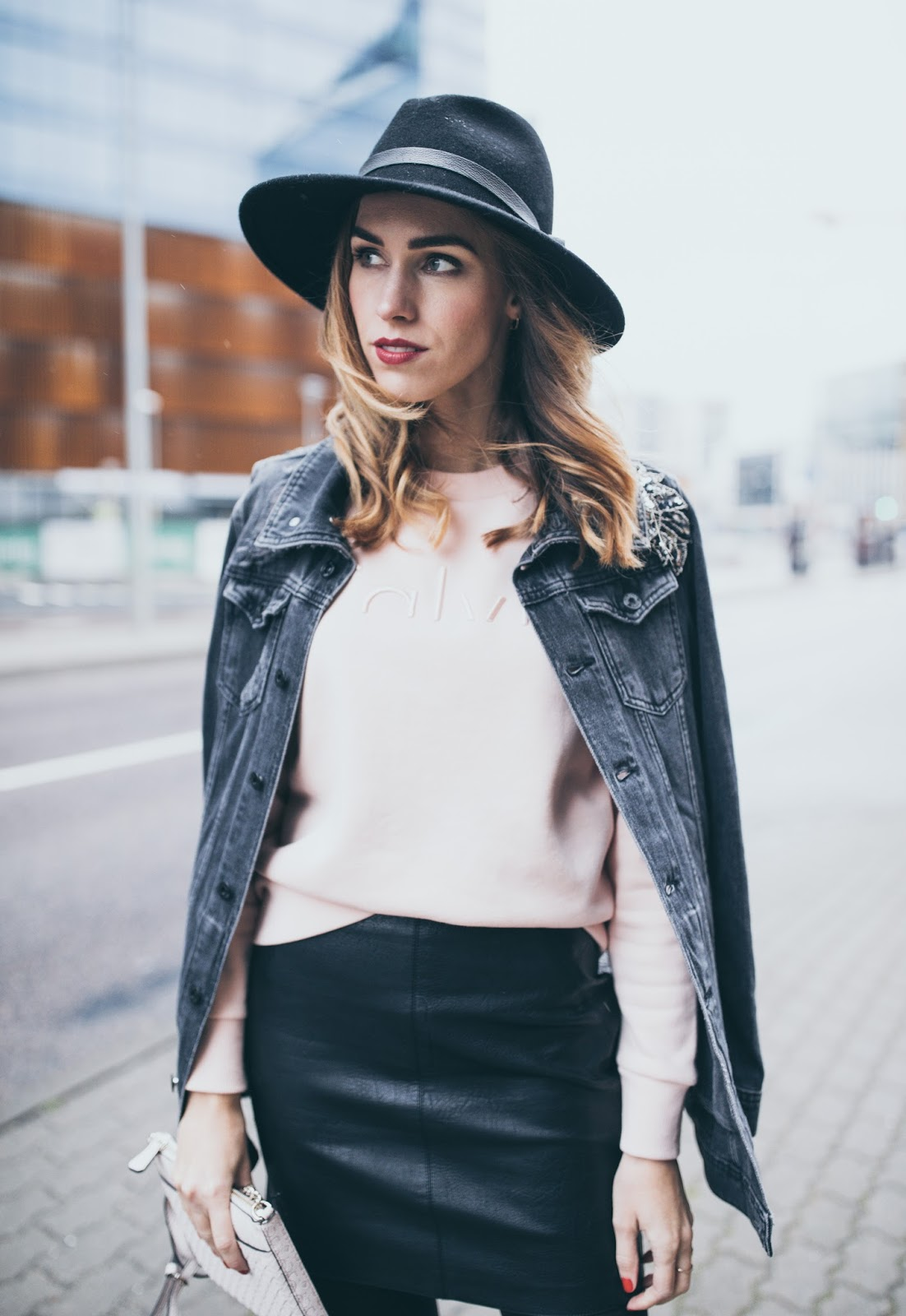 leather skirt black fedora outfit