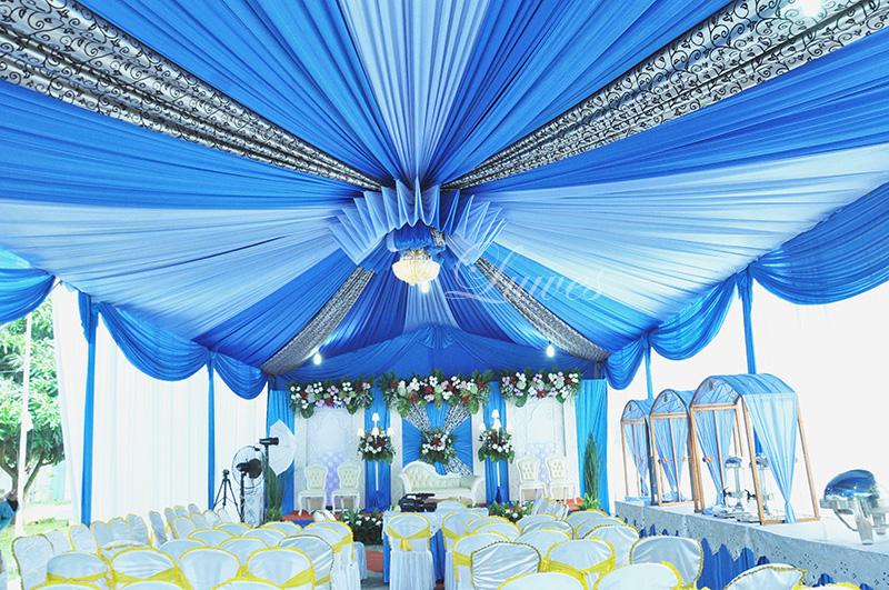 Tenda pernikahan Biru batik sentris VIP