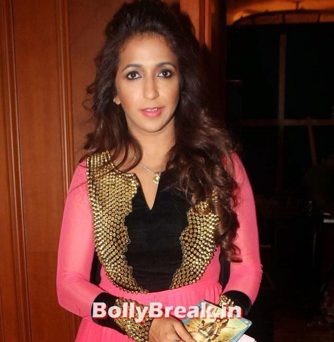 Krishika Lulla, Kareena, Karishma, Deeksha at Lekar Hum Deewana Dil Music Launch