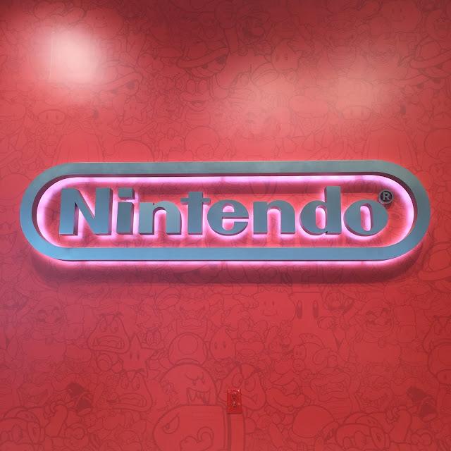 Venture & Roam: Nintendo store in Rockefeller Plaza
