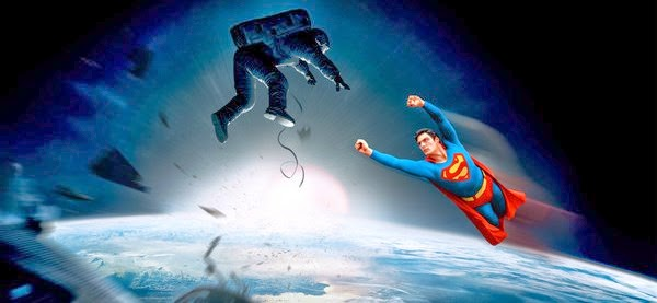 Superman salva Sandra Bullock no final alternativo de Gravidade