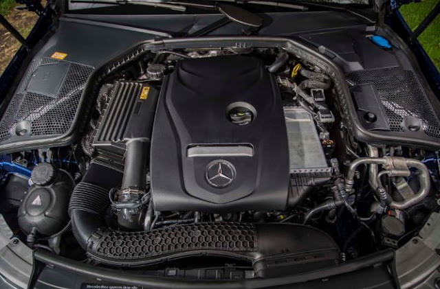 2017 Mercedes-Benz C300 Coupe 4MATIC engine