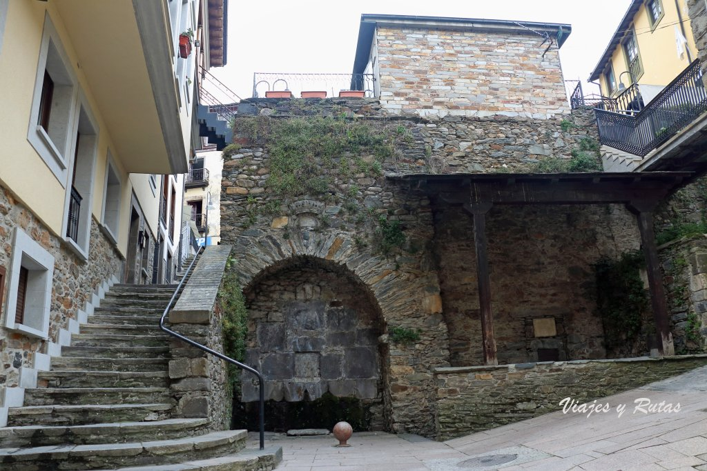 Fuente de Calle de la fuente de Cangas del Narcea