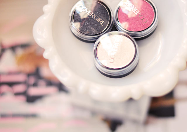 CoverGirl Flaming Femme, Flamed Out eye shadow pots