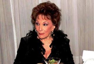 El deceso fue confirmado por la hija de Roy, Carolina Papaleo. Roy brilló en cine y televisión, además de tener una activa participación en la política nacional.