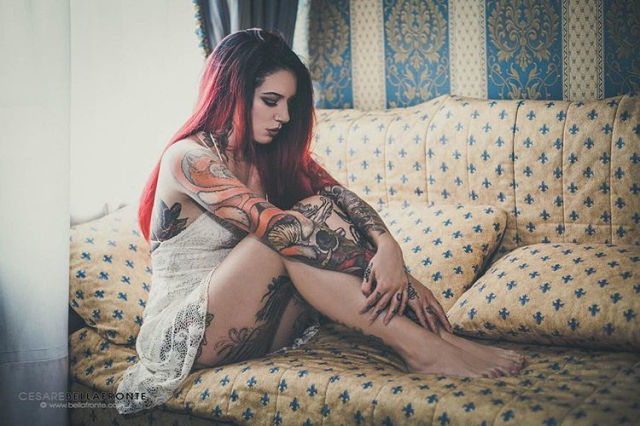 Tattoo girl Cervena Fox