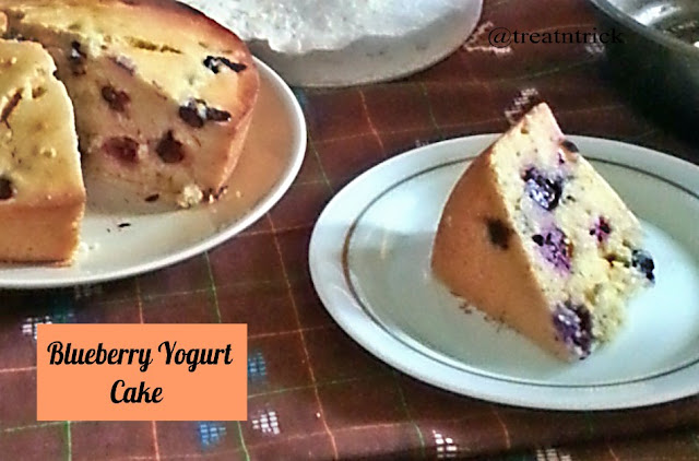 Blueberry Yogurt Cake Recipe @ treatntrick.blogspot.com