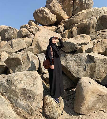 Masayu Clara Pakai Hijab 10