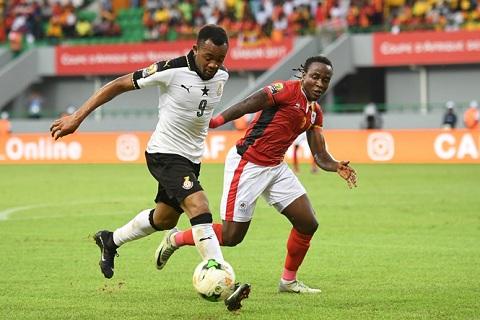 Than Quảng Ninh ký hợp đồng 10 năm với cầu thủ tỏa sáng ở Cúp châu Phi.