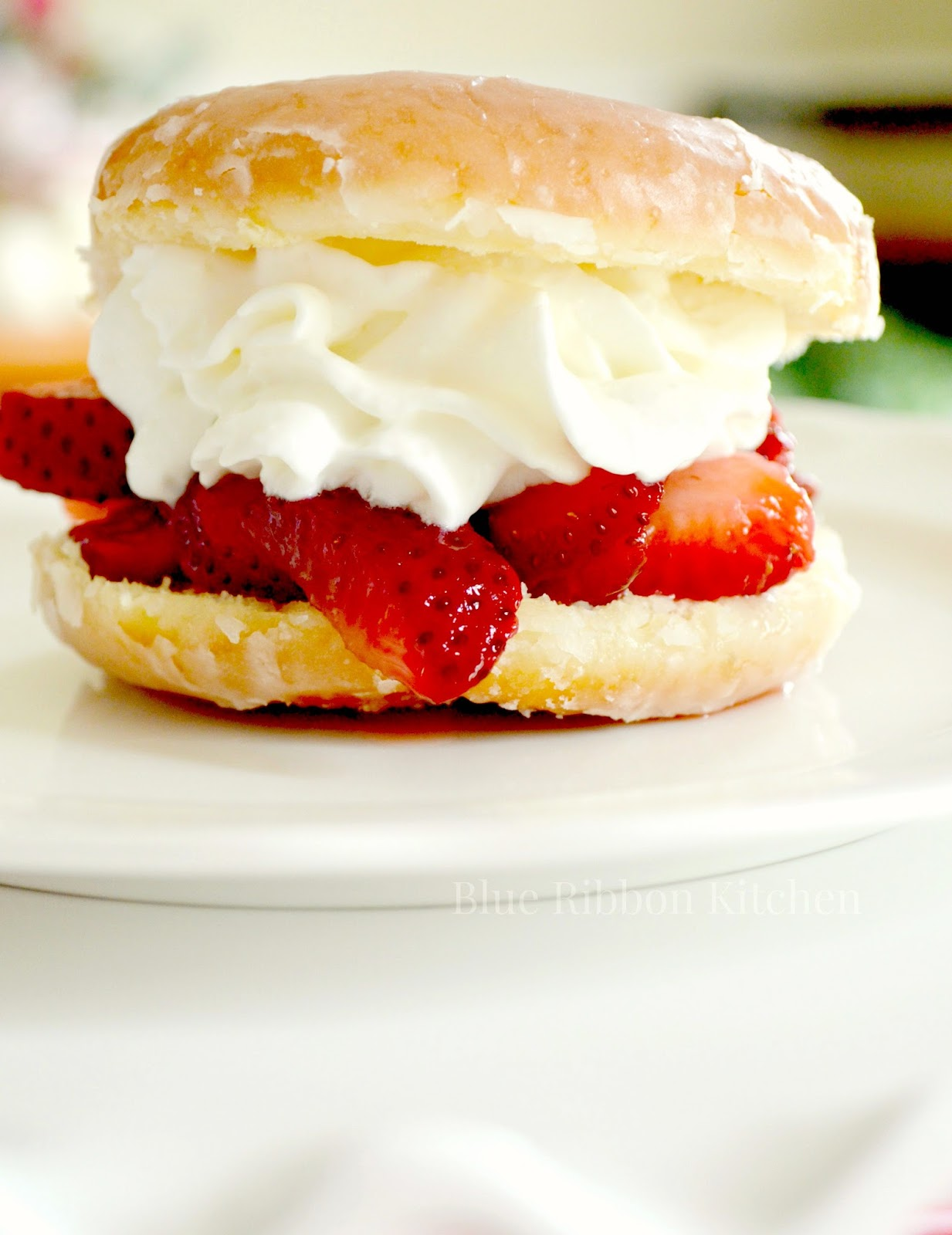 Blue Ribbon Kitchen: Strawberry Doughnut Shortcake & her sweet friend ...