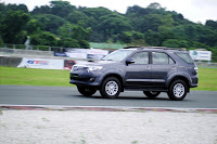 First Drive: 2012 Toyota Fortuner & Hilux with VNT | Philippine Car News, Car Reviews, and