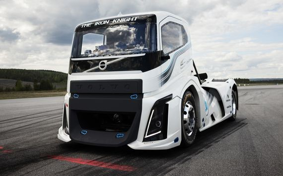Ms blog by tuning in to volvo trucks youtube channel on august 24th youll be able to watch the 2400 hp iron knight attempt to set a new international speed sciox Images