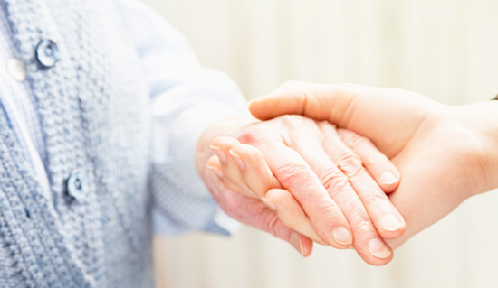 HOW TO CARE FOR AN ELDERLY LOVED ONE AT HOME
