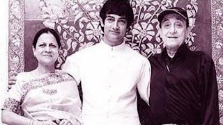 Foto Aamir Khan dengan orang tuanya