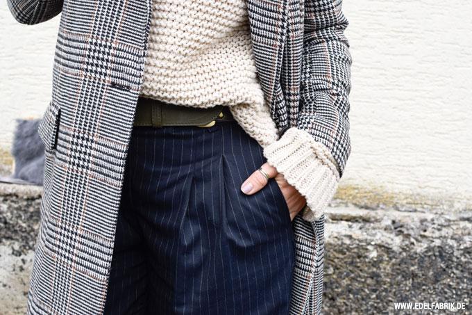 Look mit Karomantel für Frauen Über 40, Modeblog für Frauen über 40