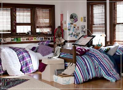 A Designer A Contractor Diva Licious Dorm Decor