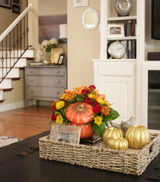 Fall Home Decorations: Crafty Texas Girls: Fall Home Decor: Pumpkin Floral