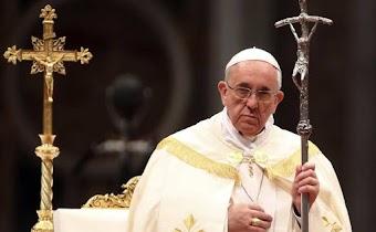 Các nhà lãnh đạo công giáo bảo vệ Trump sau khi Giáo hoàng thách thức quan điểm của ông về Nhập cư và Phá thai