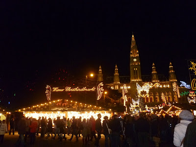 {Erin Out and About} Vienna Christmas Markets: Rathausplatz