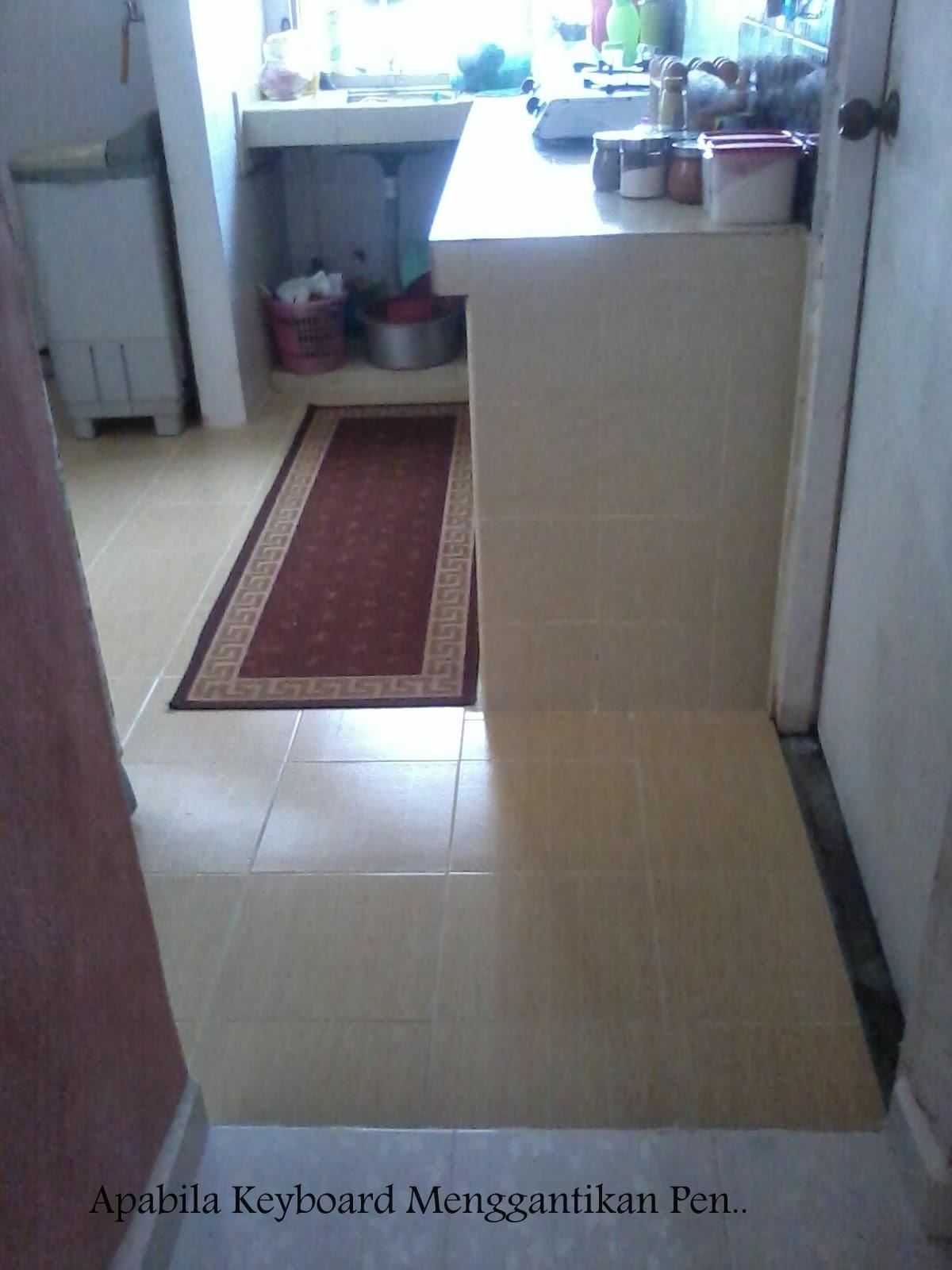 Kitchen Cabinet Tak De Lagi Dulu Aku Igt Nak Tutup Ngan Langsir Je Kat Bawah Tu Tapi Terjahit Pon Pela Nanti Ade Budget Terus Pasang