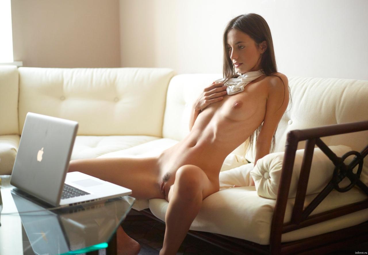 девушки для виртуального секса через скайп меня