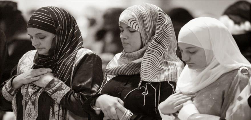 Ενα ρεπορτάζ του MEGA που προμοτάρει την ισλαμική μαντήλα (!) στην Ελλάδα κι ένα βίντεο που τα λέει όλα...