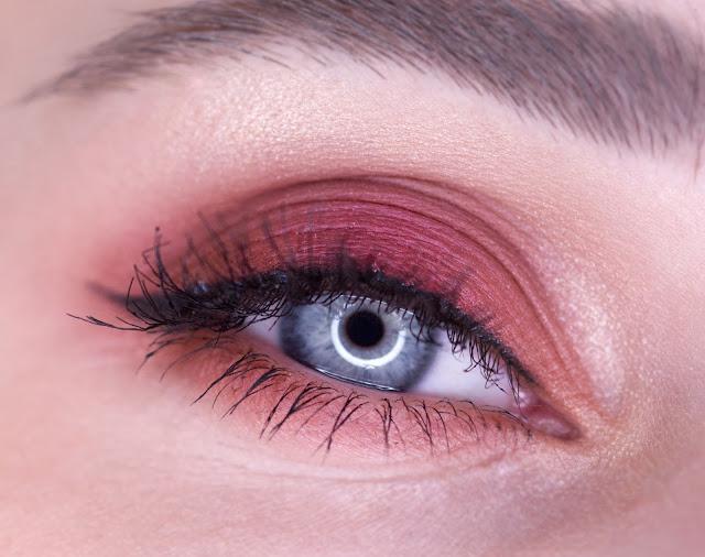"""Makeup Revolution """"New-Trals vs Neutrals"""" makeup"""