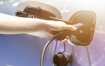 Top 10 bộ sạc ô tô điện tại nhà tốt nhất năm 2021