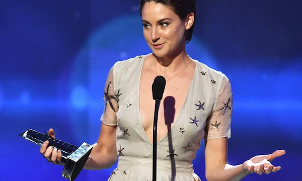 SHAILENE WOODLEY: HER BEST SHOWCASES SO FAR  -  SHAILENE WOODLEY LATEST UPDATES - HOLLYWOOD NEWS