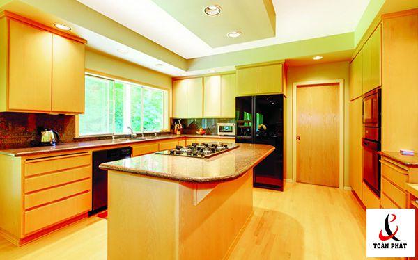 Mẫu trần nhà bếp xuyên sáng đẹp 5